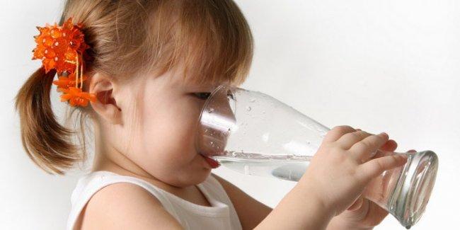 Правила выбора детской питьевой воды