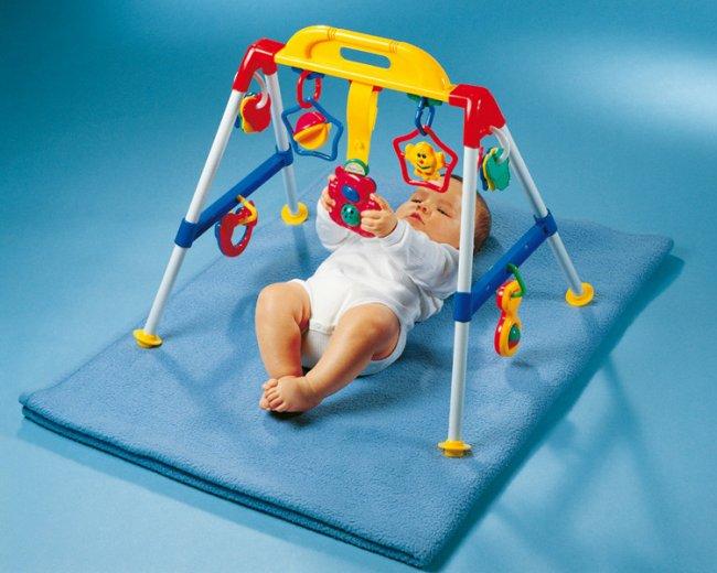 Развивающие игрушки: детский турничок