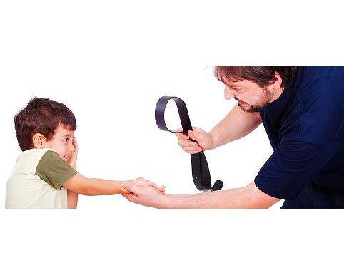 Крик и угрозы: как изменить общение с ребенком?