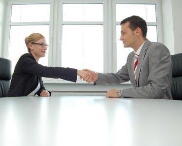 Женщина и мужчина: как понять друг друга на работе?