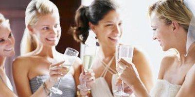 Что брать с собой свидетельнице в день свадьбы