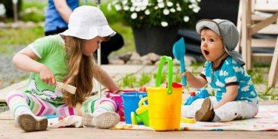 Игрушки для игр на улице. Дети до 3 лет