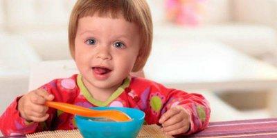 Выбираем детскую посуду