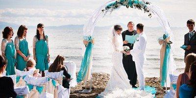 Почему популярна выездная регистрация брака?