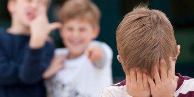 Что делать, если вашего ребенка обижают в школе