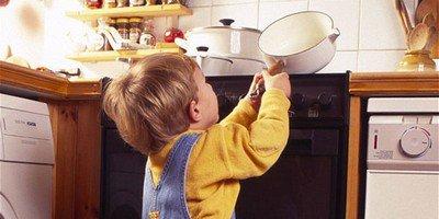 Что делать, если ваш ребенок обжегся?