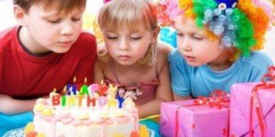 Как провести день рождения ребенка дома?